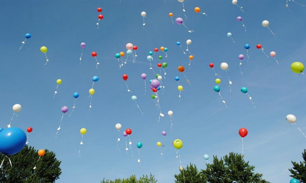 surprise balloons